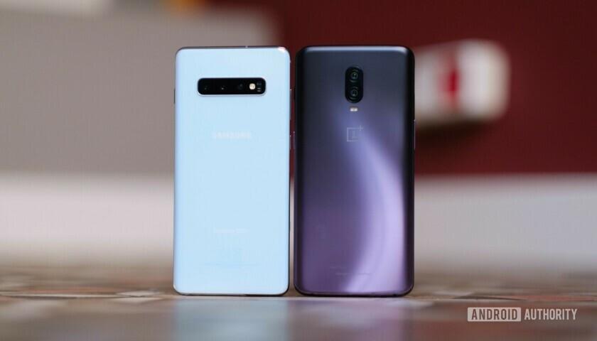 Samsung Galaxy S10 Plus vs OnePlus 6T back