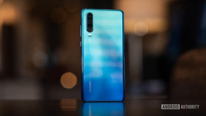 Huawei P30 back 1