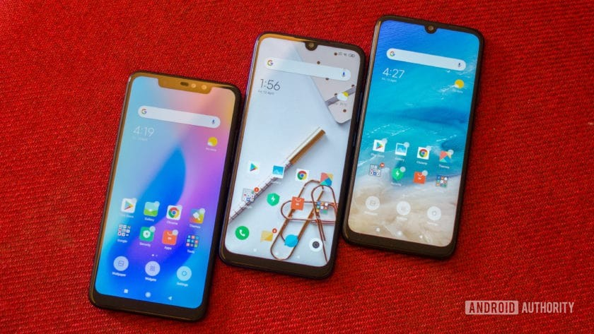 Redmi Note 6 Pro vs Note 7 vs Note 7 Pro front of the phones