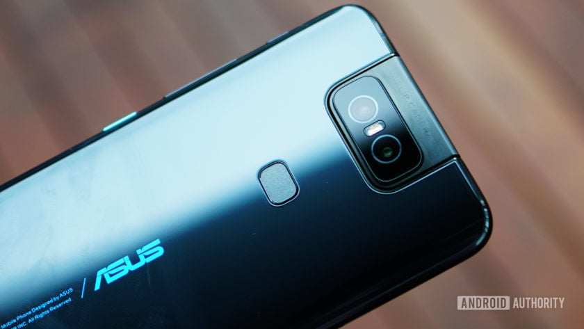 Asus Zenfone 6 back detail 1