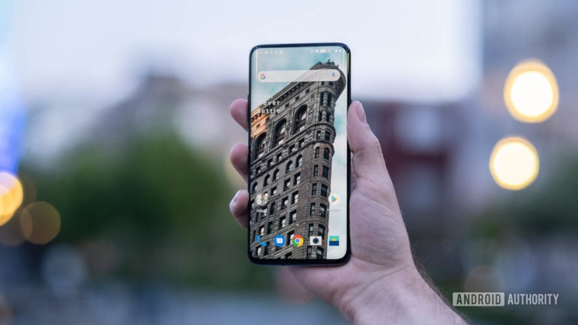 OnePlus 7 Pro Display held in hand