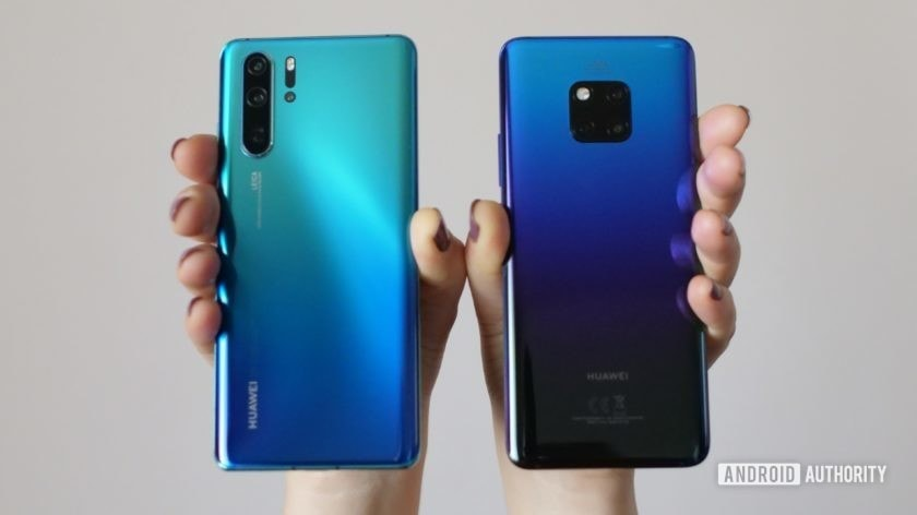 huawei p30 pro vs huawei mate 20 pro side by side 1 held in hand