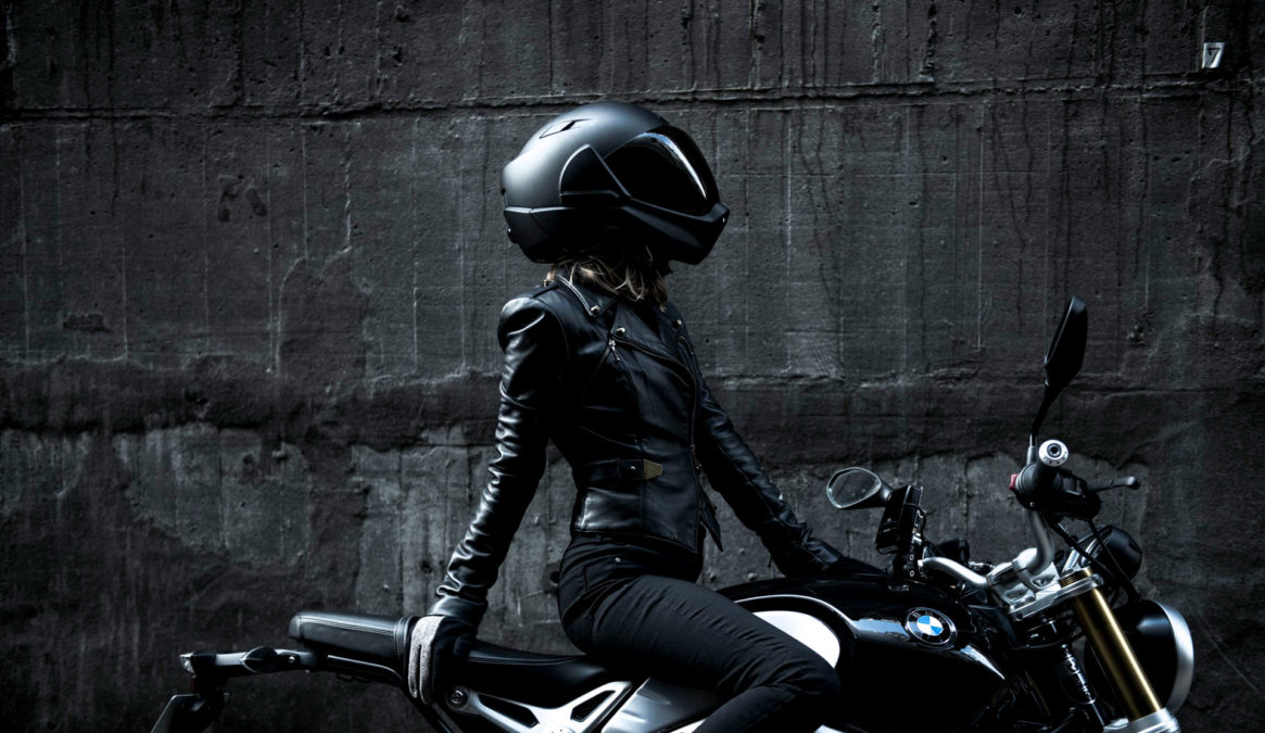 Best smart motorcycle helmets. Crosshelmet.