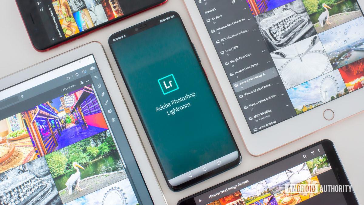 Adobe Lightroom mobile showing logo