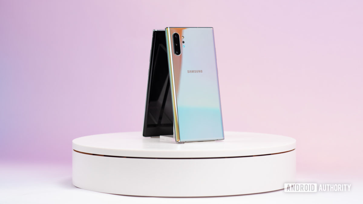Samsung Galaxy Note 10 Plus Aura Glow at angle 2