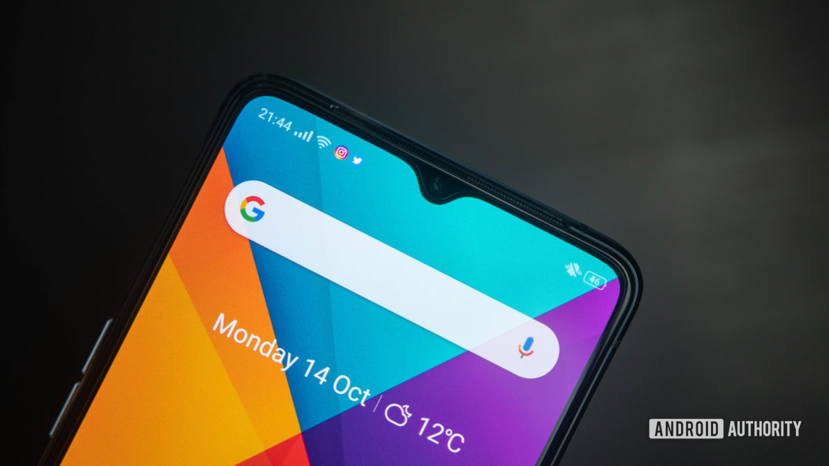 Realme X2 Pro view of notch and home screen top down