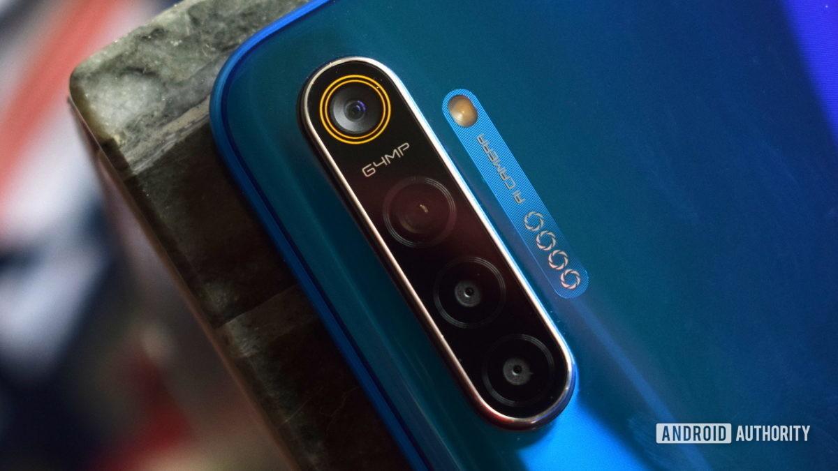 A 64MP phone by Realme.