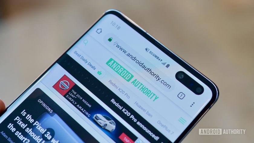 Samsung Galaxy S10 5G Verizon Wireless UWB closeup