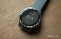 garmin vivoactive 4 review watch face display 1