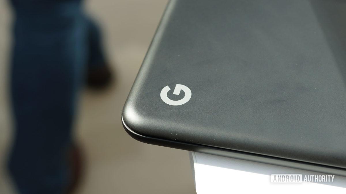 Google Pixelbook Go Google logo closeup