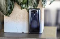 The HTC U12 Plus.