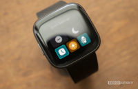 fitbit versa 2 review quick settings control center
