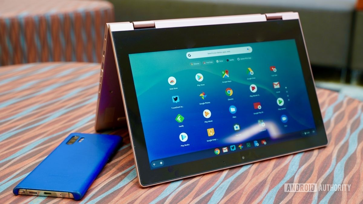 Lenovo Chromebook C340 review standing tenst style with phone
