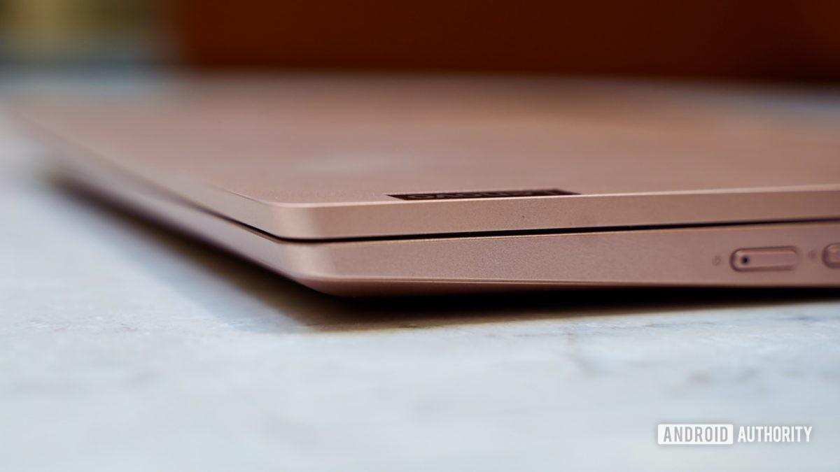 Lenovo Chromebook C340 review wedge edge