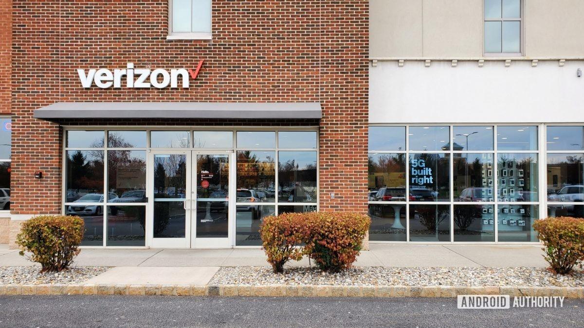 Verizon Wireless corporate store