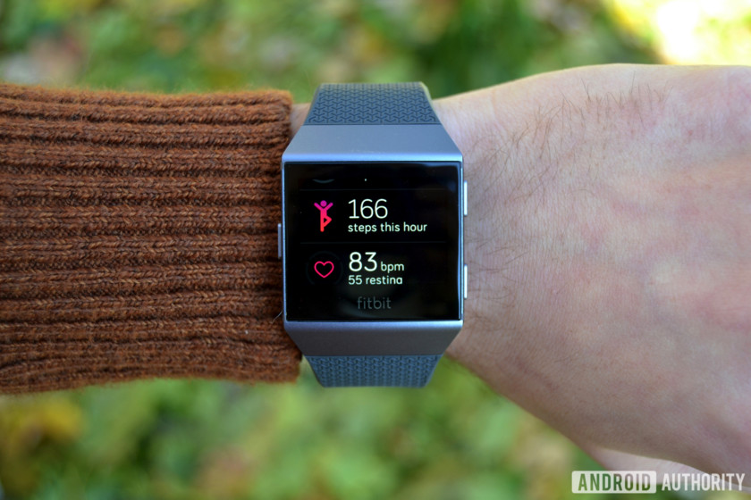 heart rate monitor watch Fitbit Ionic