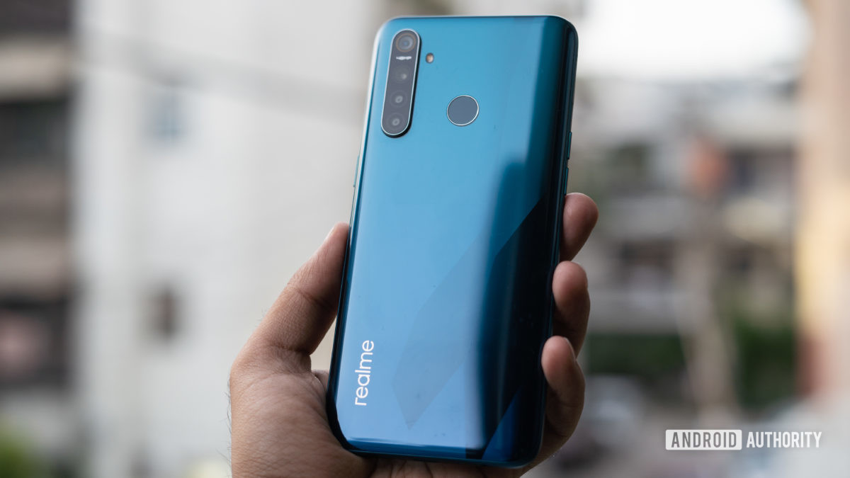 Realme 5 Pro back panel and gradient