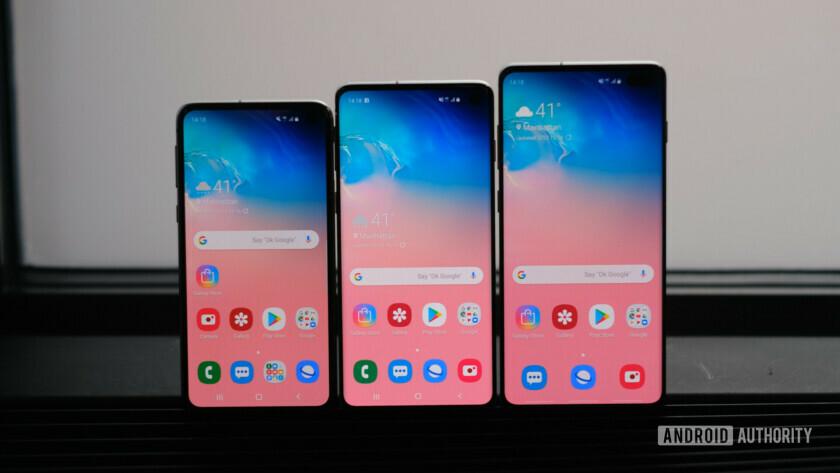Samsung Galaxy S10e, S10, S10 Plus - waterproof phones