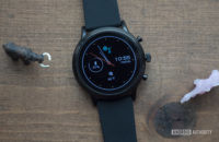 fossil gen 5 smartwatch review display watch face 2