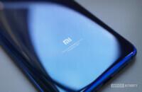 Xiaomi Mi 9 Mi logo blue