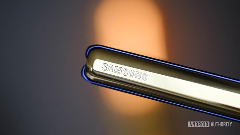 Samsung Galaxy Fold hinge with logo