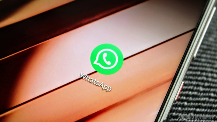 A WhatsApp app icon closeup on a smartphone. This is the featured image for the most common apps on android