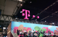 t-mobile pink t logo at mwc 2019