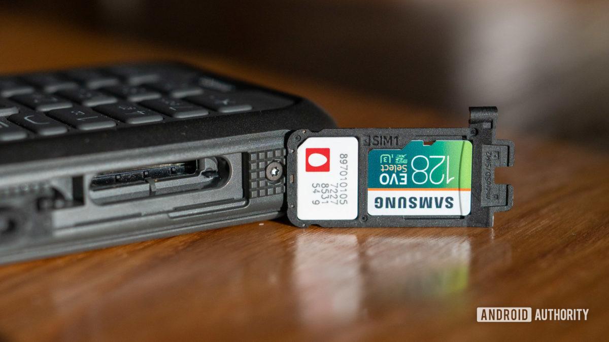 Nokia 800 Tough review dual SIM and microSD card tray