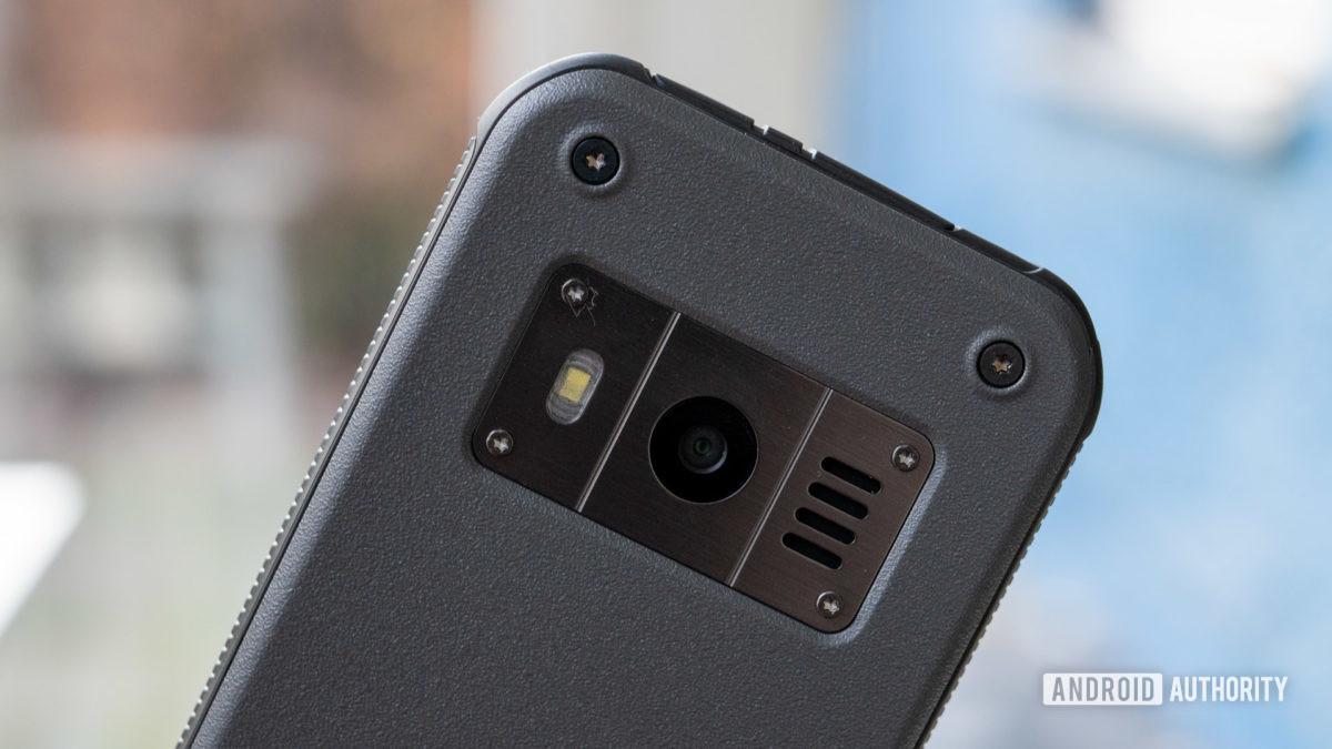 Nokia 800 Tough review camera detail