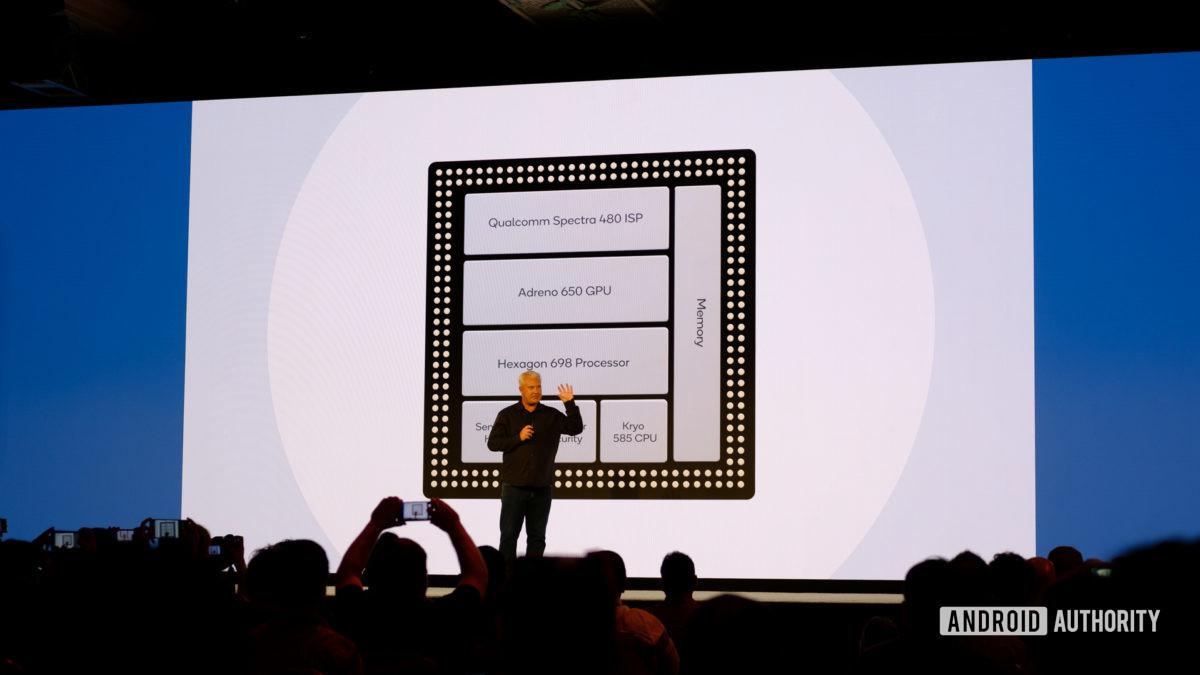 Qualcomm Snapdragon 865 inside parts slides