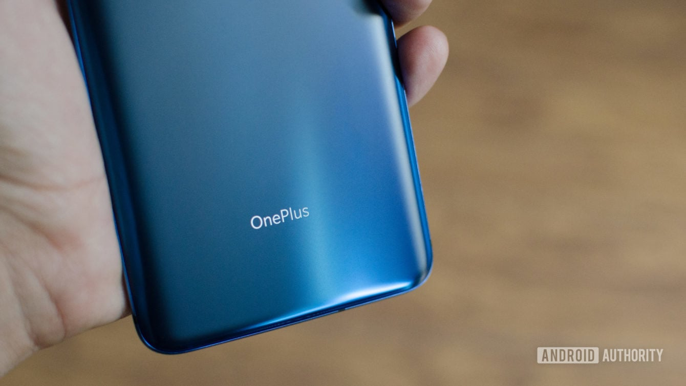 OnePlus 7 Pro Nebula Blue Logo