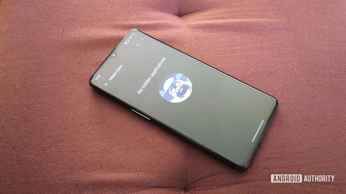 OnePlus OxygenOS hidden space feature