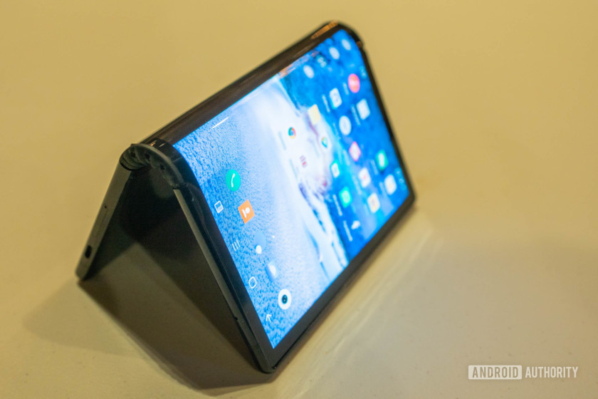 royole flexpai foldable smartphone display