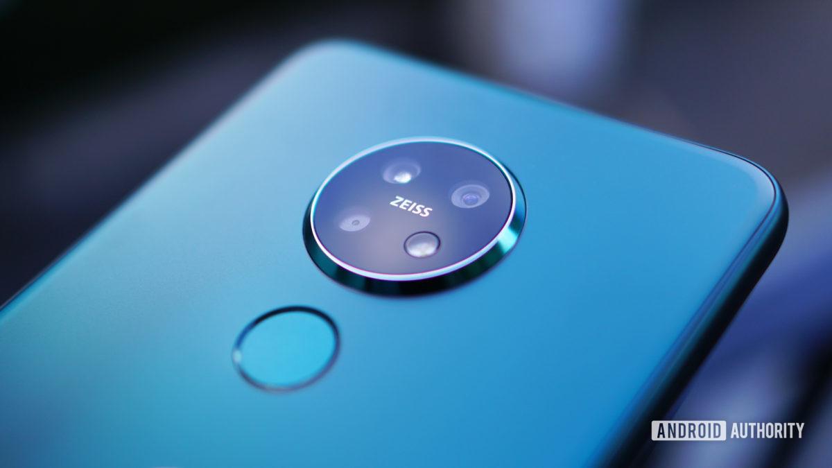 Nokia 7.2 Zeiss camera closeup