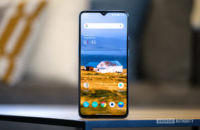 OnePlus 7T screen standing upright