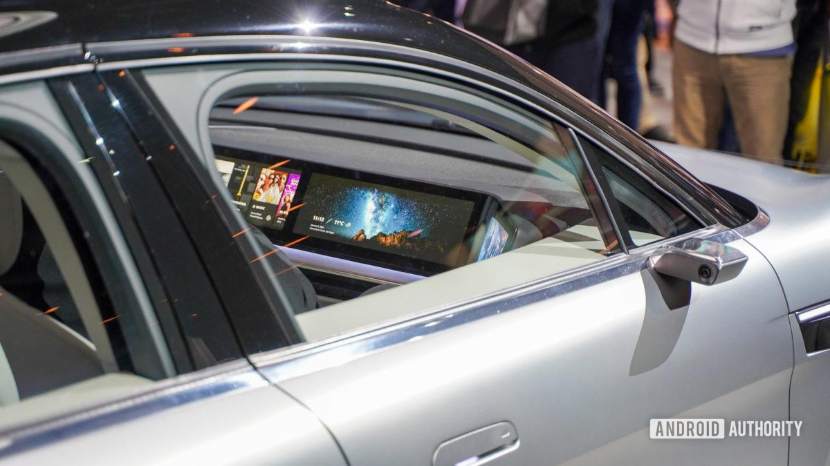 Sony Vision S passenger screen